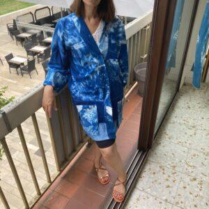 Kimono «Camélias» – Bleu Sensible